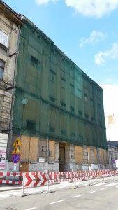 Zabezpieczenie elewacji budynku-siatki na ściany